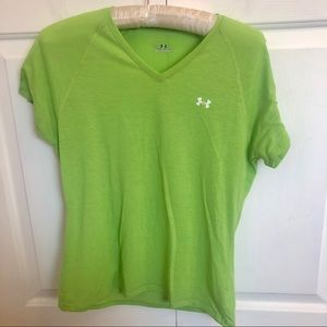 Under armour short sleeve green v-neck t-shirt top
